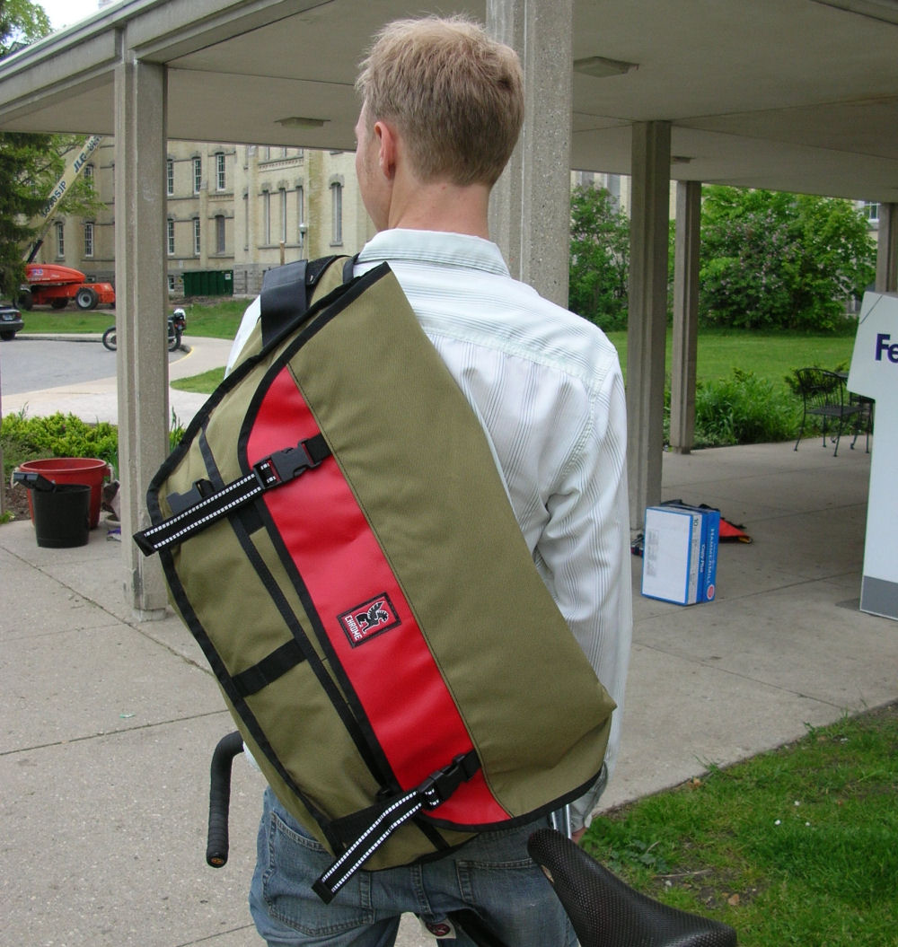 Messenger bag size - Bike Forums