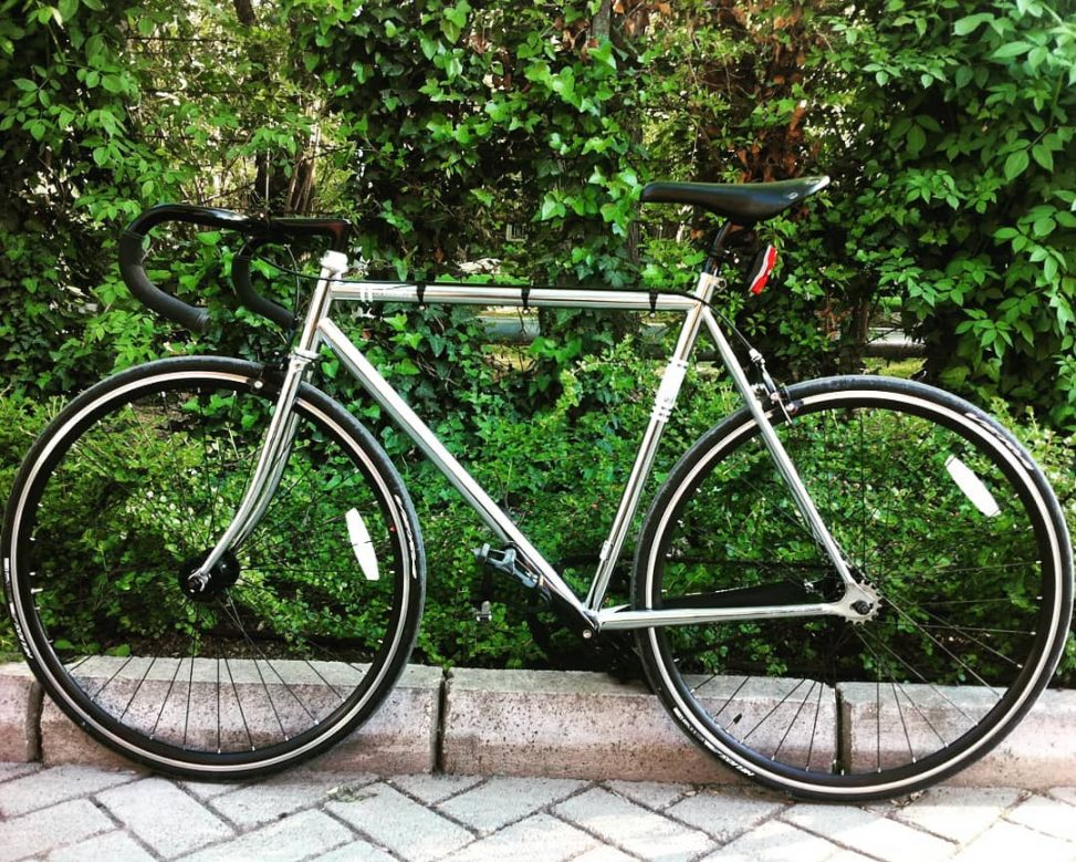 Serkan's Fixed Gear Fuji Feather Chrome